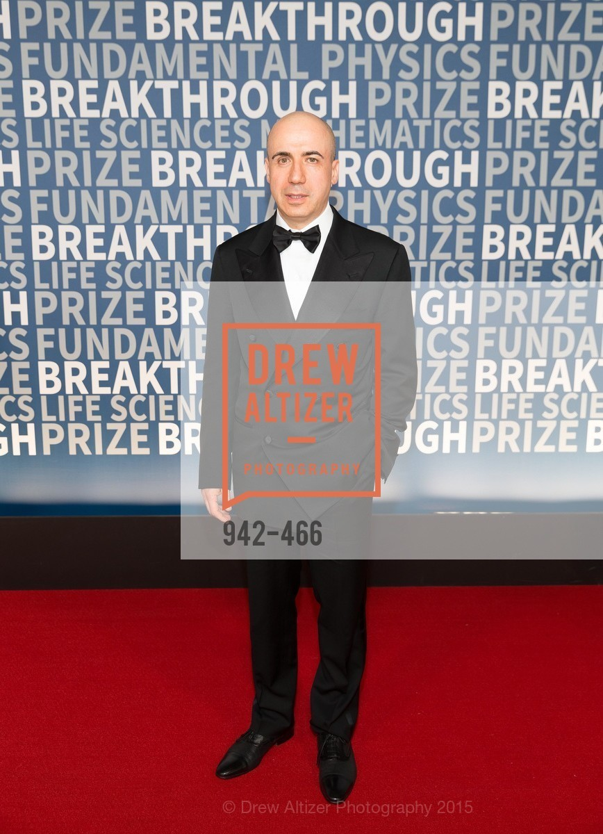 Yuri Milner, THE BREAKTHROUGH PRIZE Hosted By Seth MacFarlane, Ames Research Center. Naval Air Station, Moffett Field, November 8th, 2015,Drew Altizer, Drew Altizer Photography, full-service event agency, private events, San Francisco photographer, photographer California