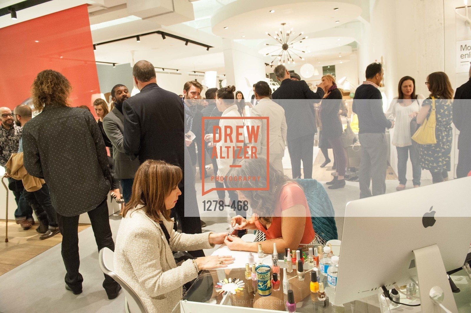 Atmosphere, DESIGN WITHIN REACH Studio Opening, US. US, January 21st, 2014,Drew Altizer, Drew Altizer Photography, full-service agency, private events, San Francisco photographer, photographer california
