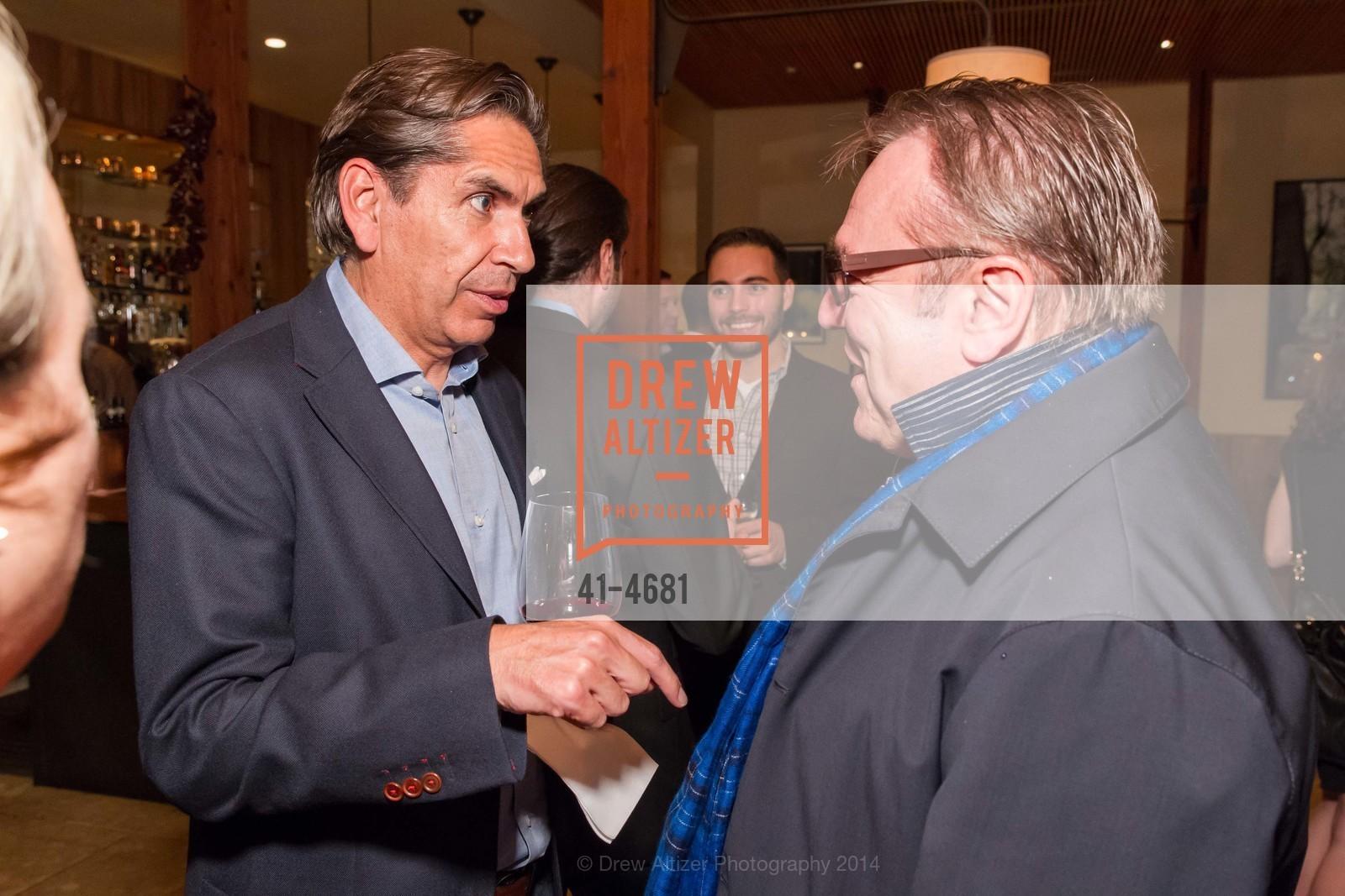 Jorge Ruiz, Stanlee Gatti, Photo #41-4681
