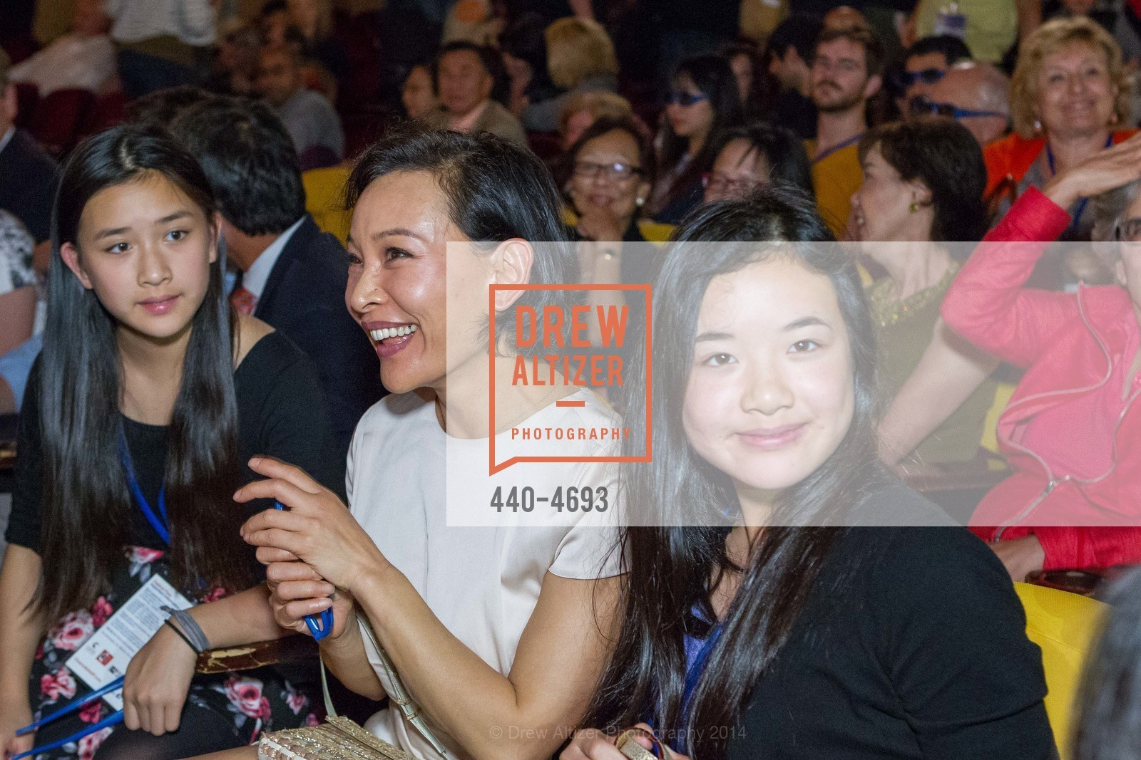 Audrey Hui, Joan Chen, Angela Hui, Photo #440-4693