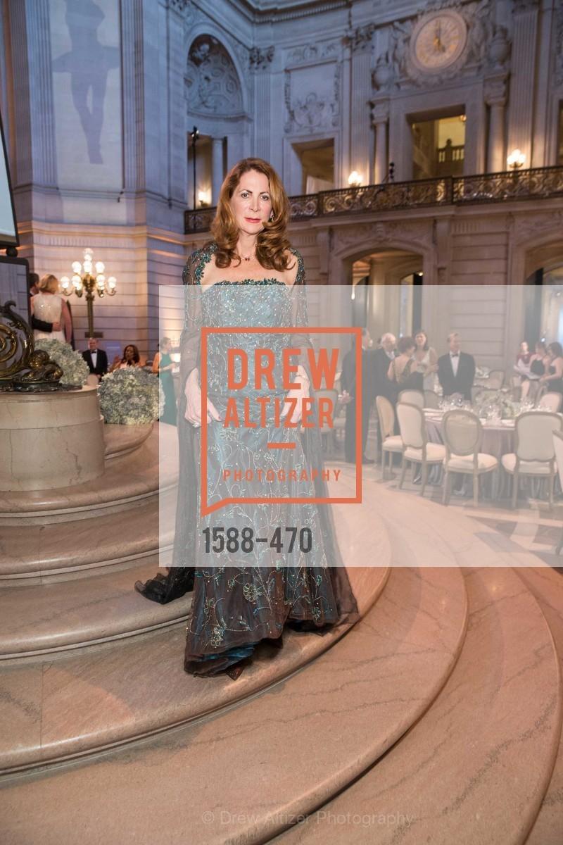 Patricia Ferrin Loucks, SAN FRANCISCO BALLET Opening Night Gala: PHENOMENAL - Arrivals, US. SF City Hall, January 22nd, 2014