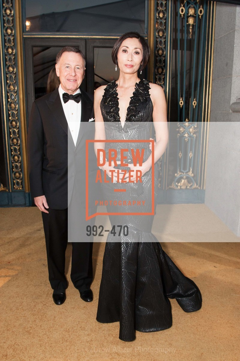 Carl Pascarella, Yurie Pascarella, SAN FRANCISCO BALLET Opening Night Gala: PHENOMENAL - Arrivals, US. SF City Hall, January 22nd, 2014,Drew Altizer, Drew Altizer Photography, full-service event agency, private events, San Francisco photographer, photographer California