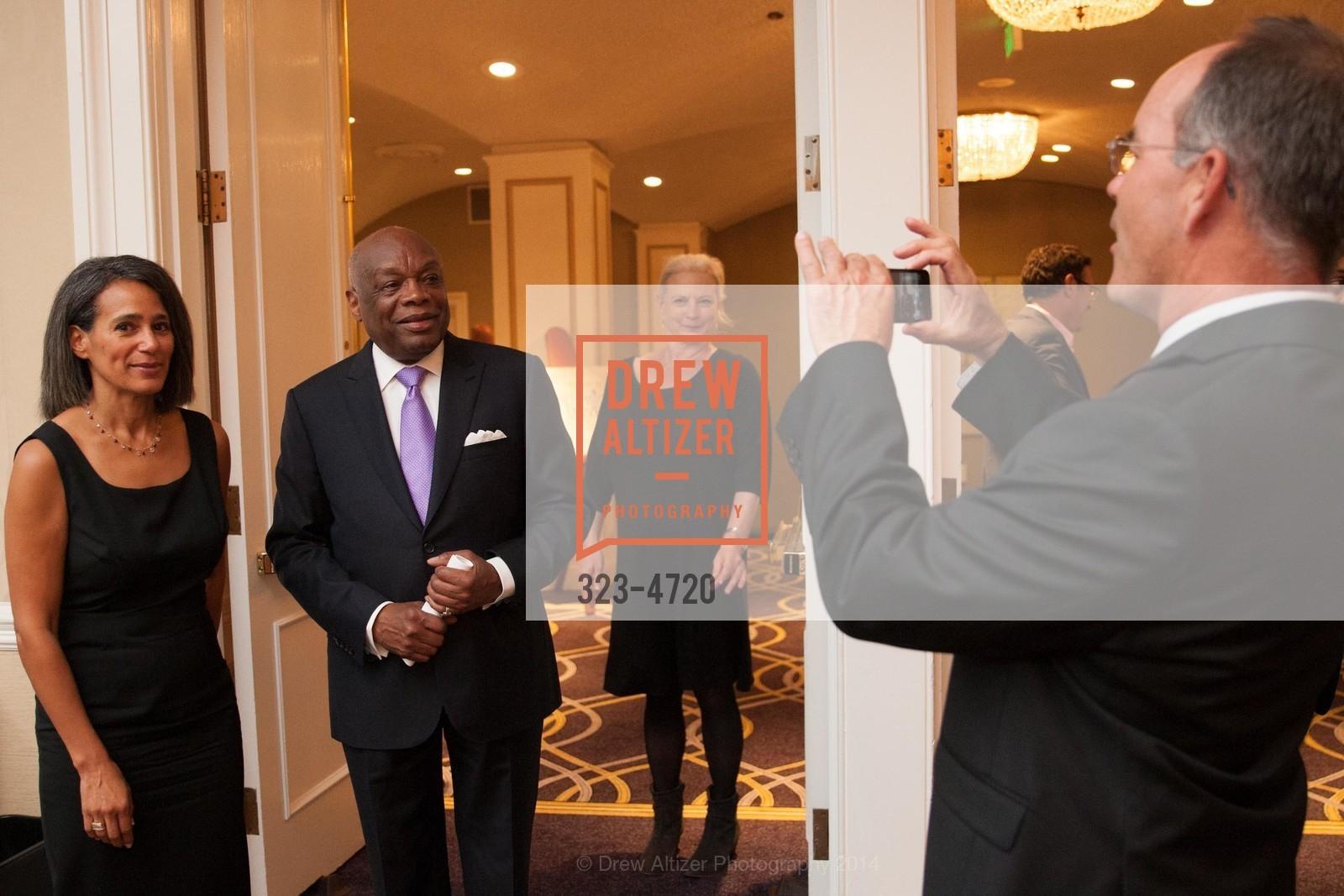 Willie Brown, Photo #323-4720