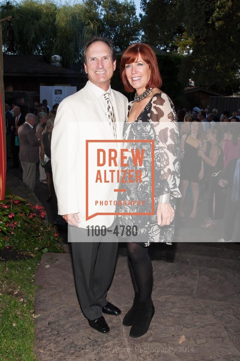 Larry Maguire, Karen Maguire, Photo #1100-4780