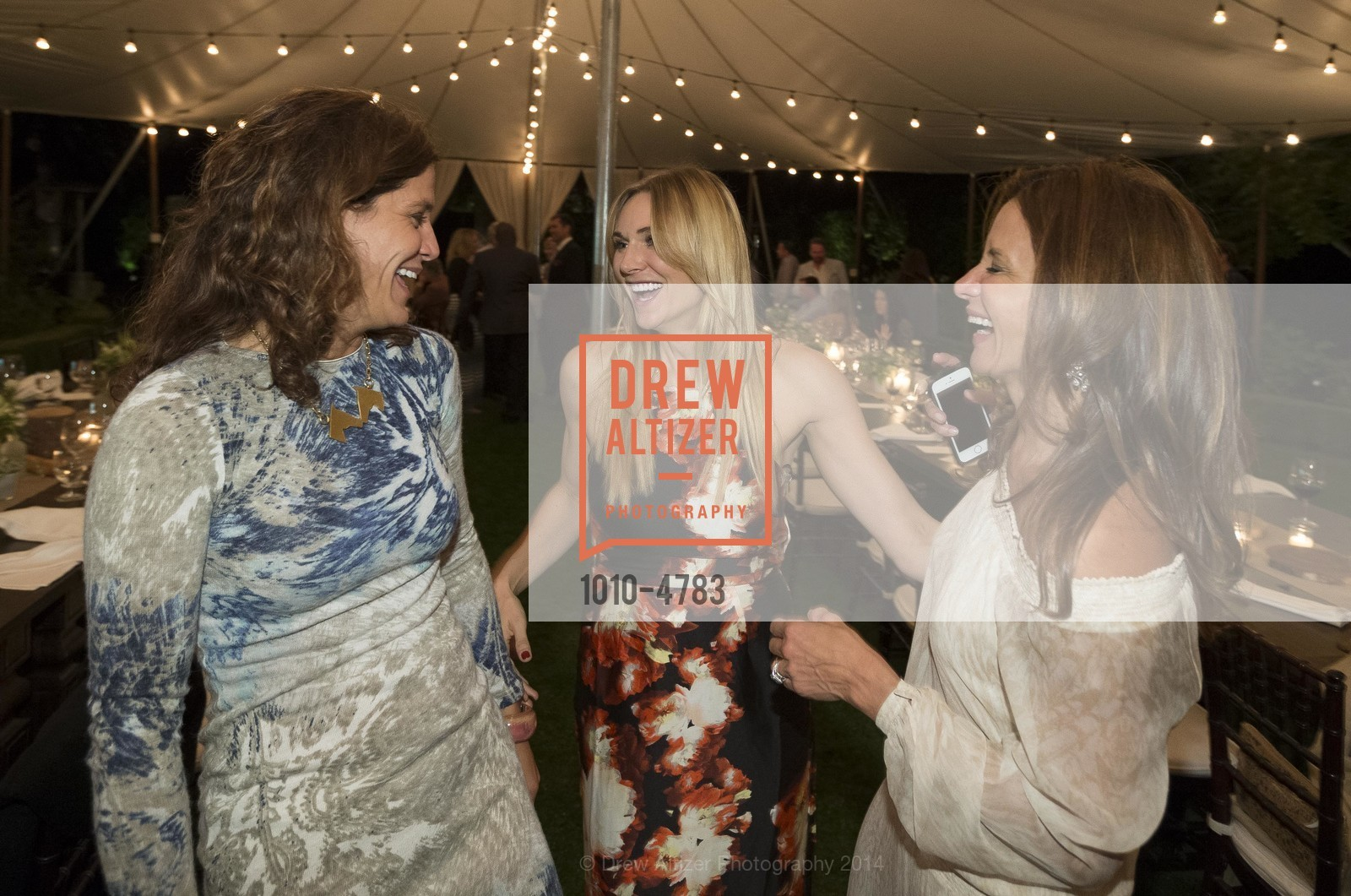 Elizabeth Welborn, Shelley Sinegal, Claudia Ross, Photo #1010-4783