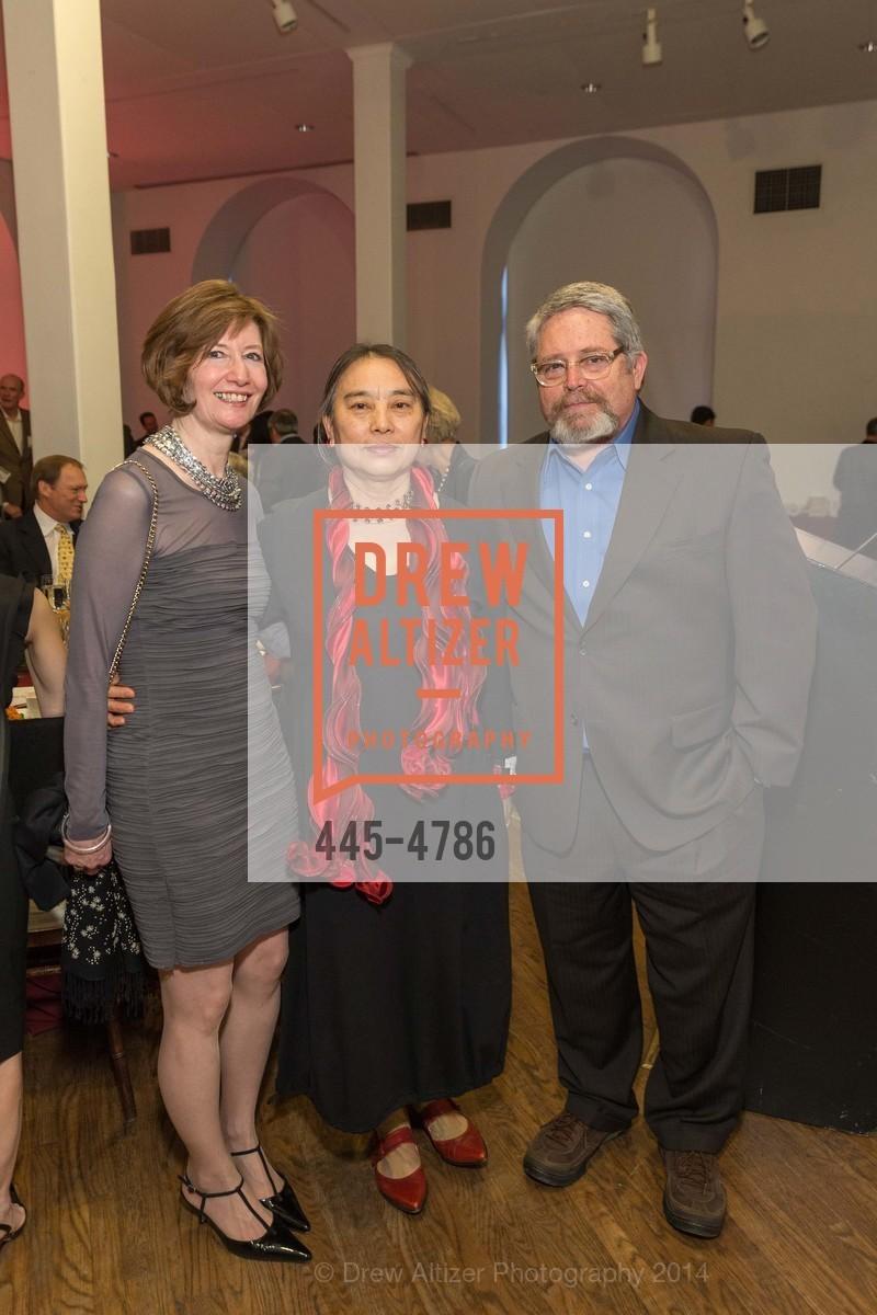 Yvonne Nevens, Hung Liu, Photo #445-4786