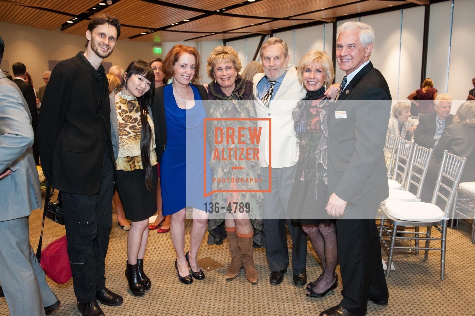 Leon Saperstein, Sunnie Saperstein, Pattie Krebs, Guy Saperstein, Jeanine Saperstein, Joe Cirincione, Photo #136-4789