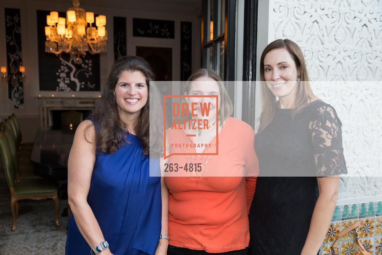 Amy Wender-Hoch, Michelle Rodriguez, Photo #263-4815