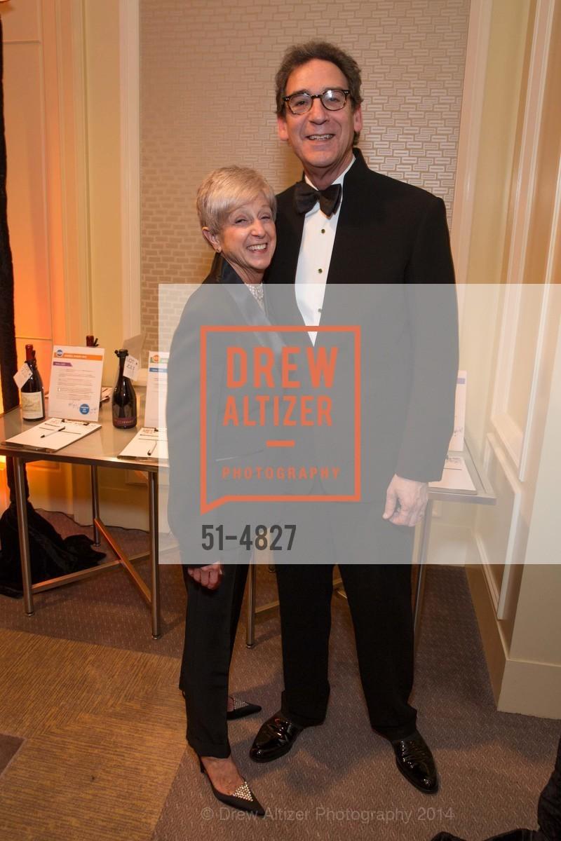 Nancy Livingston, Fred Levin, Photo #51-4827