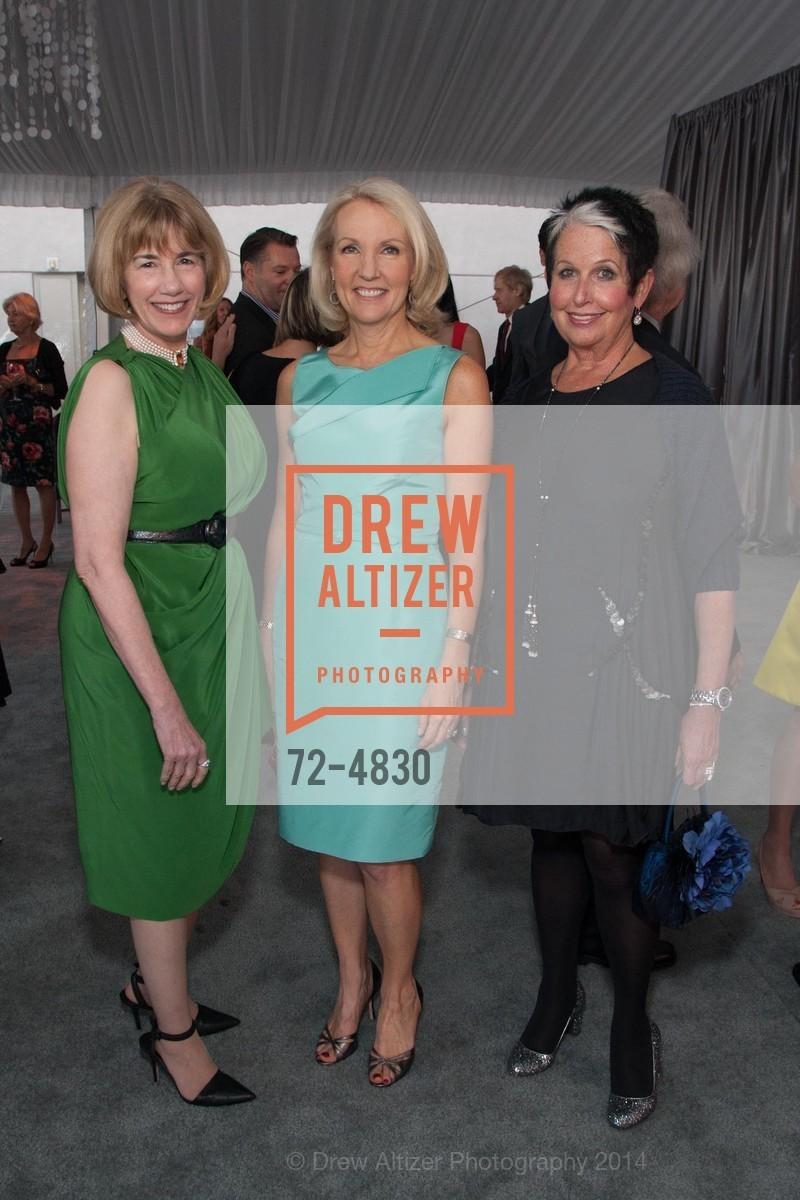 Nancy Cunningham Clark, Ann Girard, Karen Kubin, Photo #72-4830