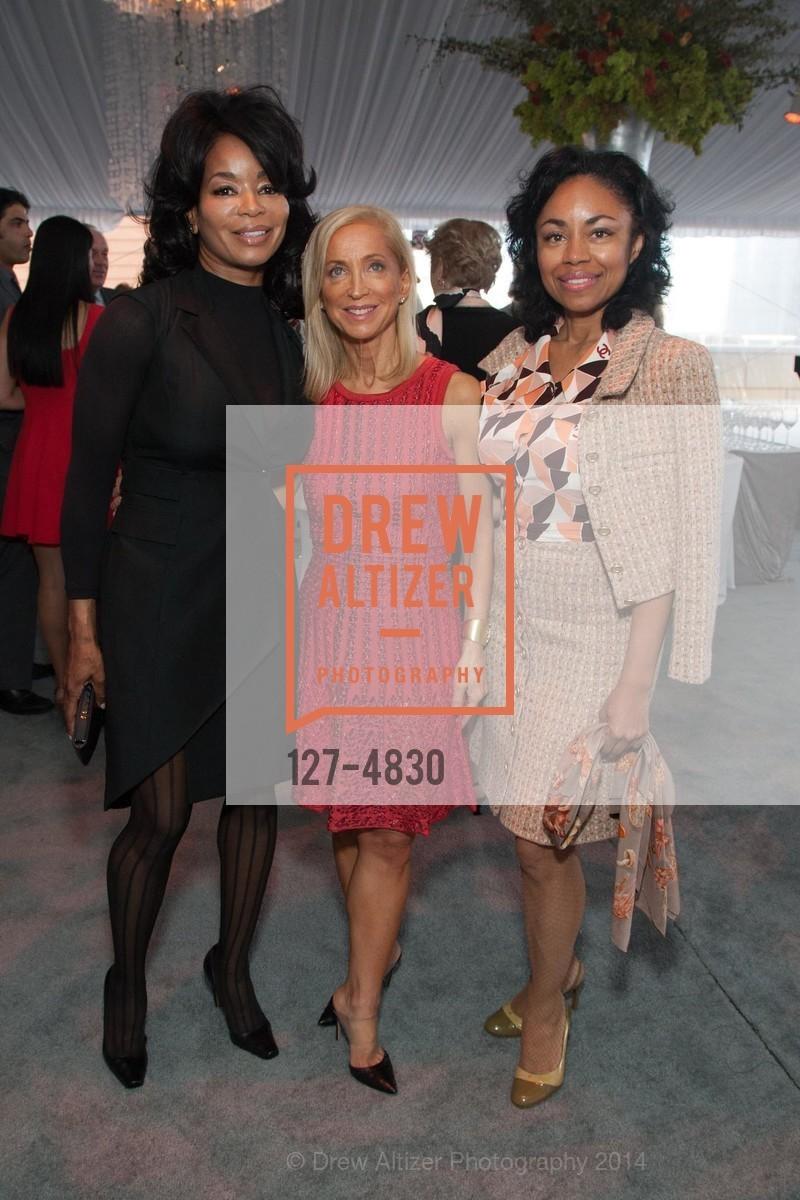 Michelle Renee, Shelley Gordon, Tanya Powell, Photo #127-4830