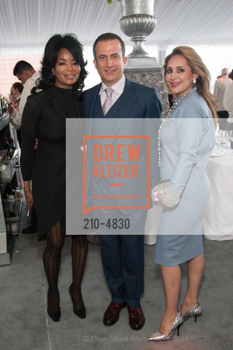 Michelle Renee, Jorge Maumer, Brenda Zarate, Photo #210-4830