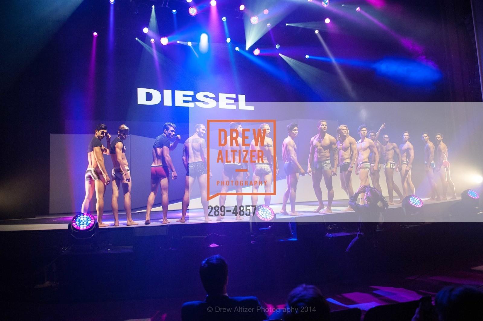 Fashion Show, Photo #289-4857