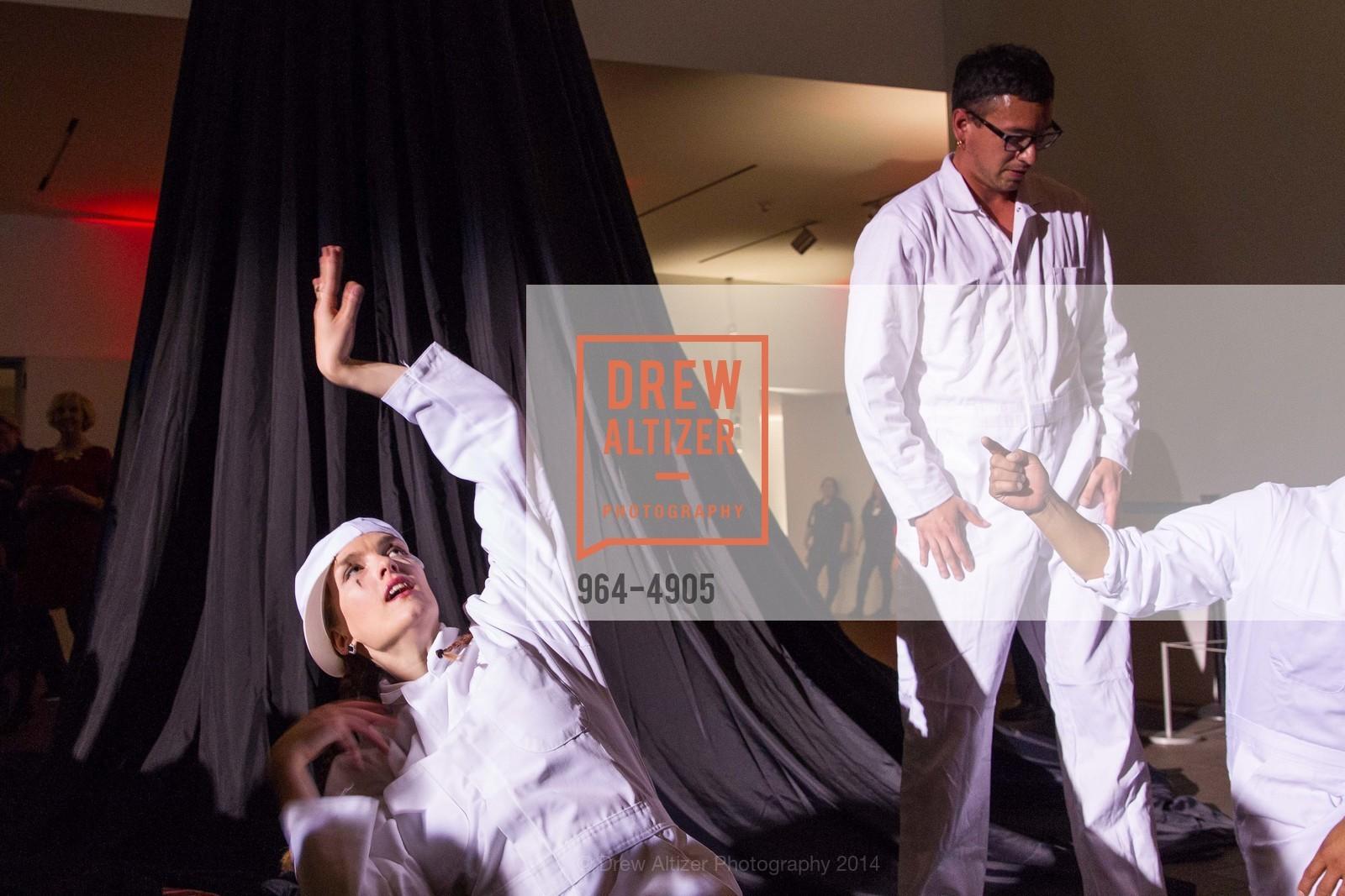 Performance, Photo #964-4905