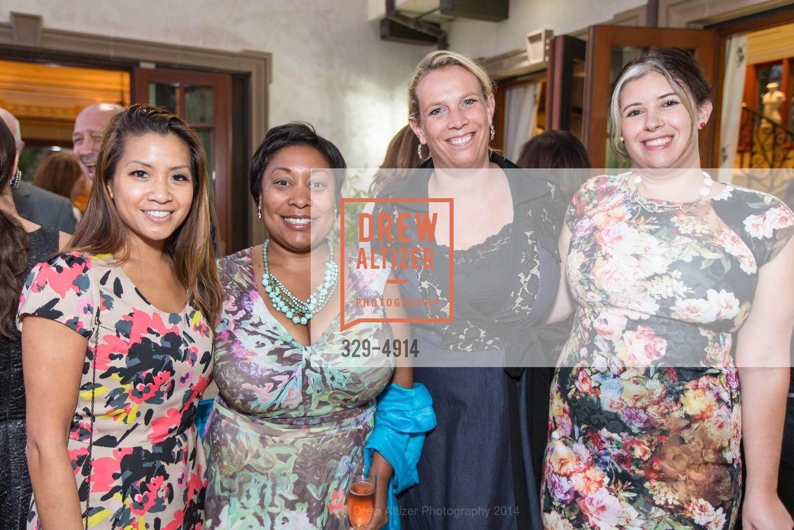 Lillian Phan, Gwyneth Borden, Erin Gore, Ashley DeSmeth, Photo #329-4914