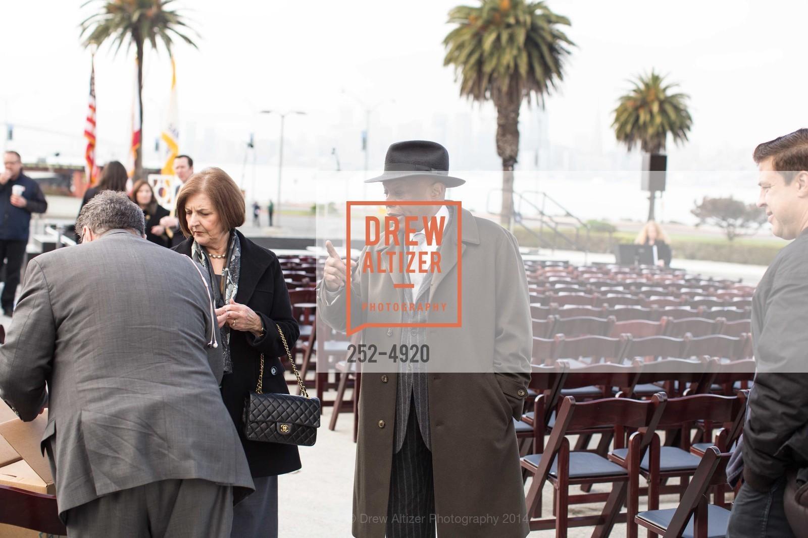 Willie Brown, Photo #252-4920
