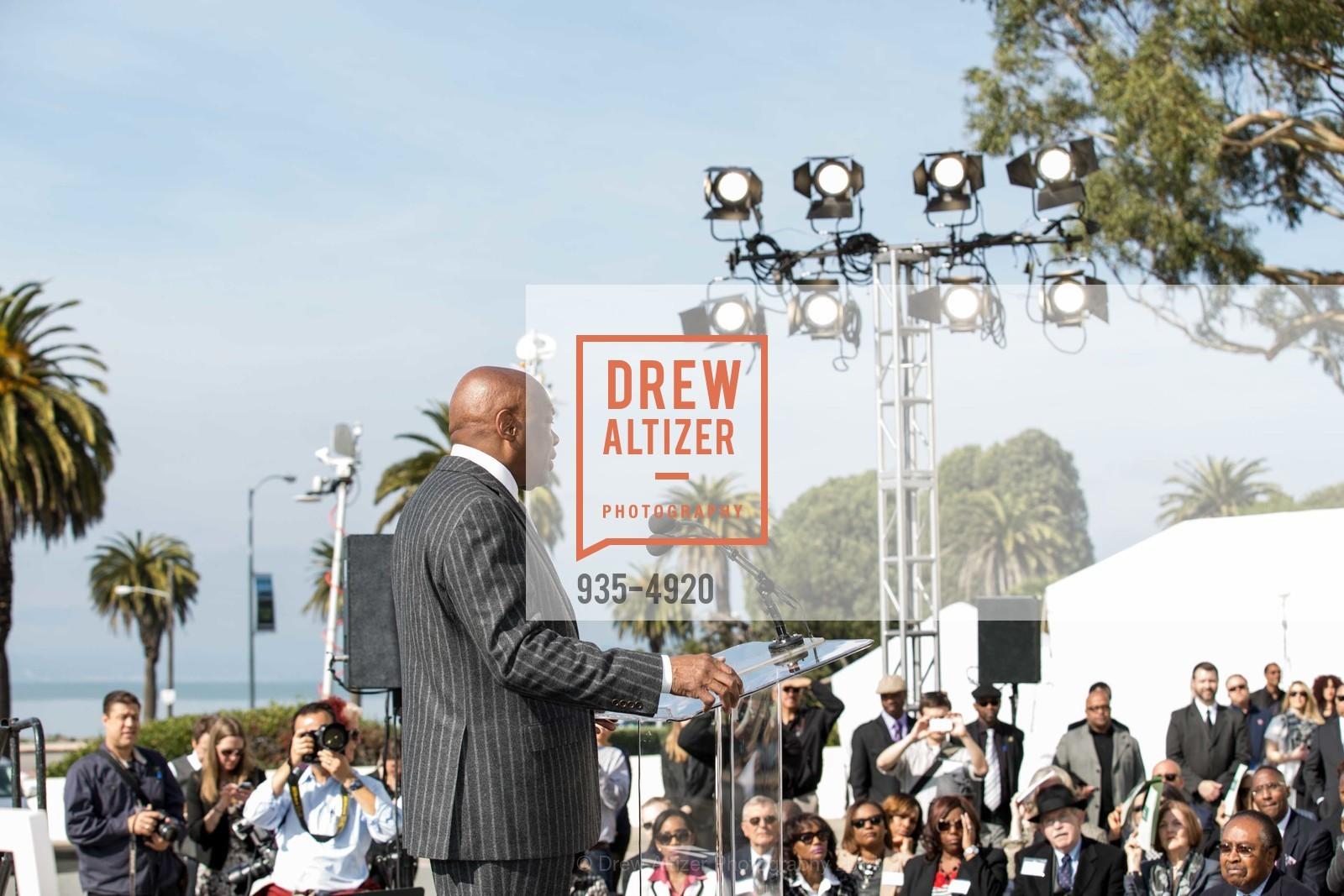 Willie Brown, Photo #935-4920