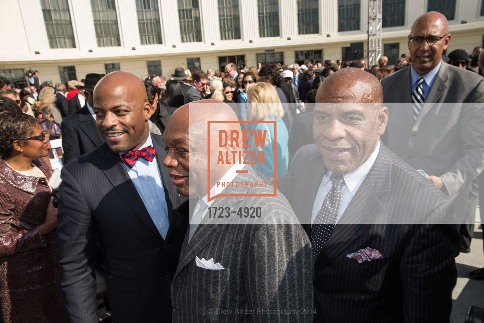 Isadore Hall, Willie Brown, Steven Bradford, Photo #1723-4920