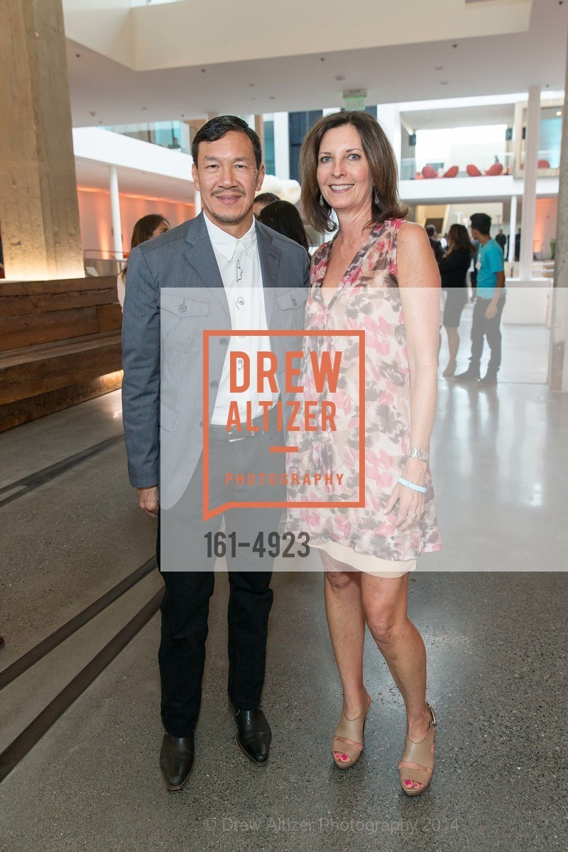 Tim Wu, Karen Bergman, Photo #161-4923