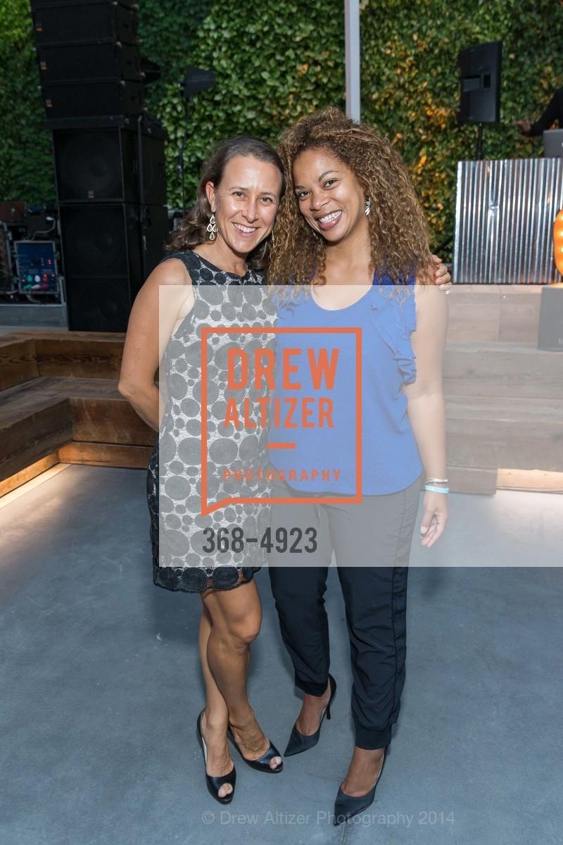 Anne Wojcicki, Monica De Armond, Photo #368-4923