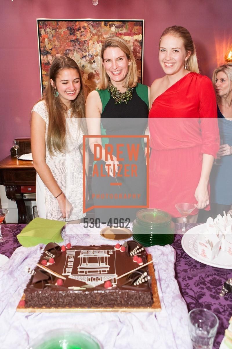 Veronica Henderson, Mindy Henderson, Tierney Henderson, Photo #530-4962