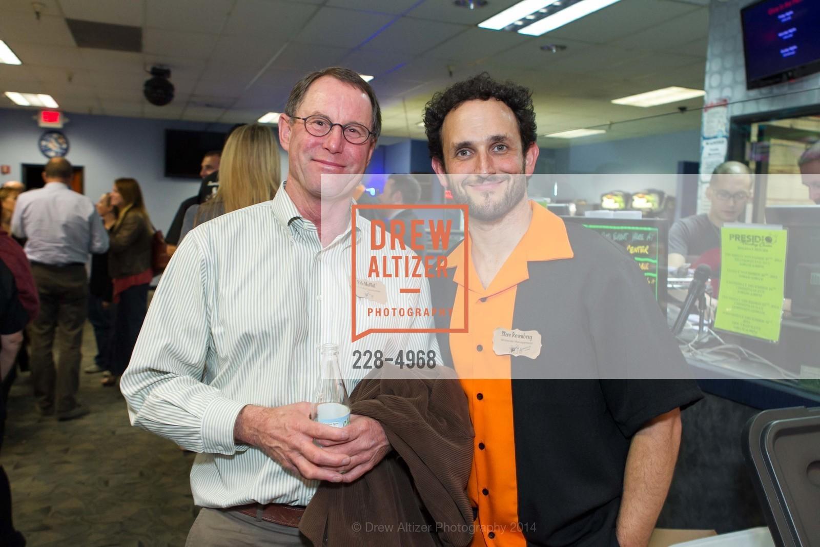 Pete Moffat, Steve Rosenberg, Photo #228-4968