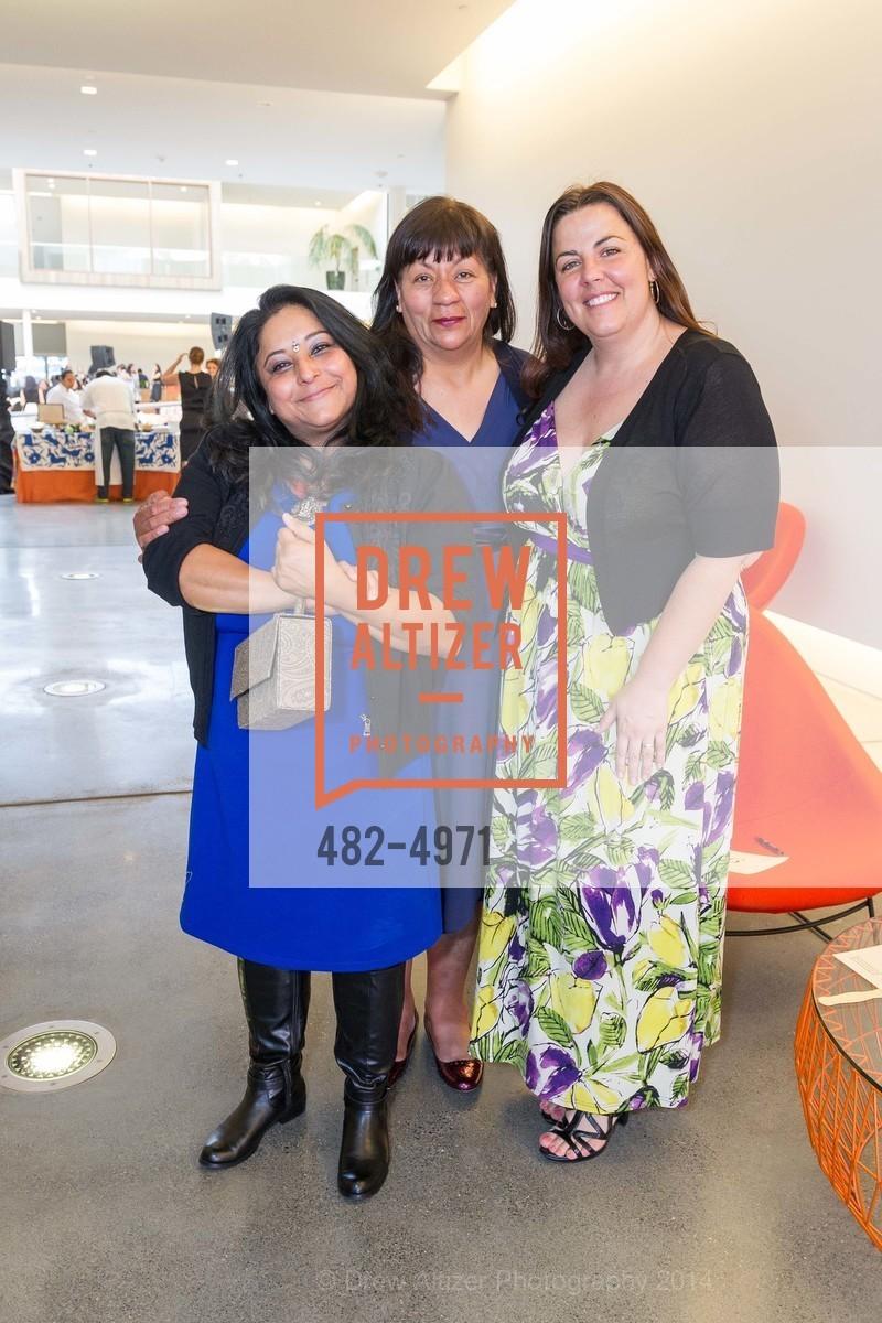 Bini Pradhan, Alicia Villanueva, Donna Sky, Photo #482-4971