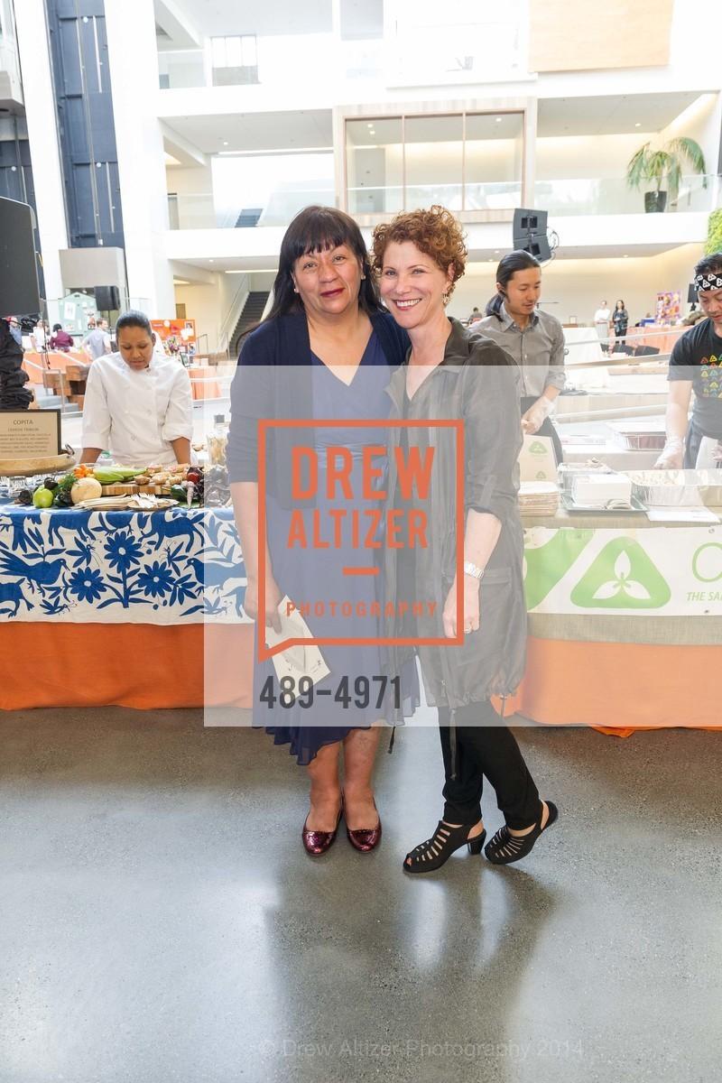 Alicia Villanueva, Joanne Weir, Photo #489-4971