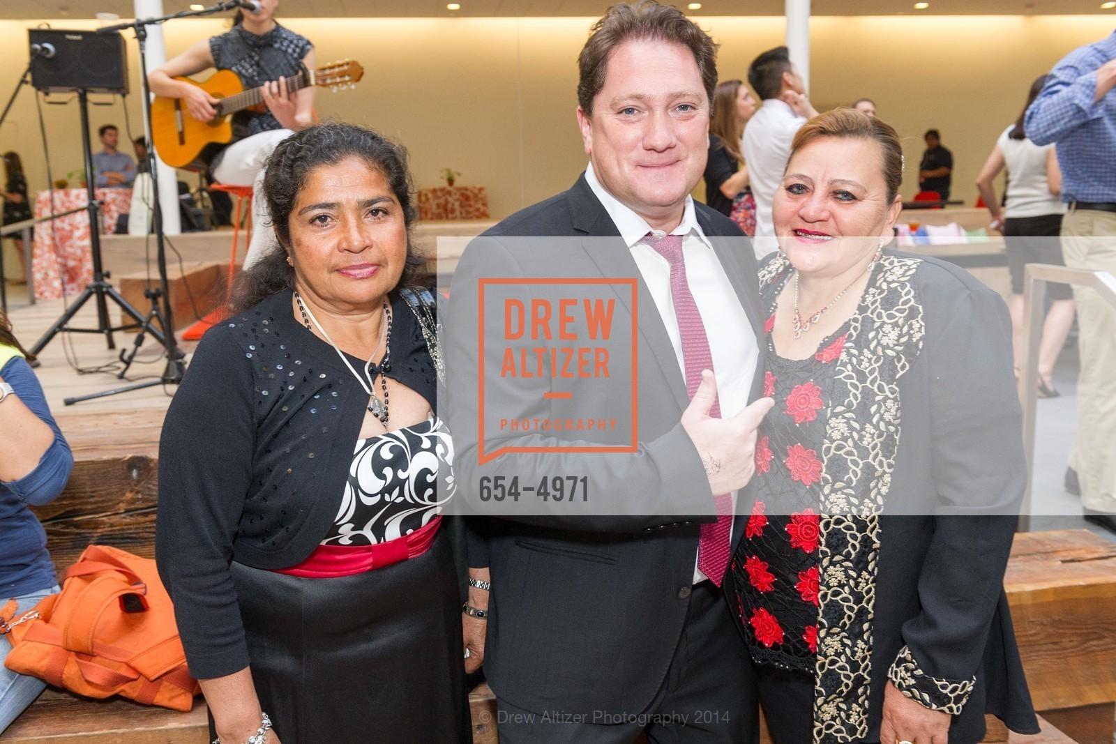 Rosa Chamura, Liam Mayclem, Maria Flores, Photo #654-4971