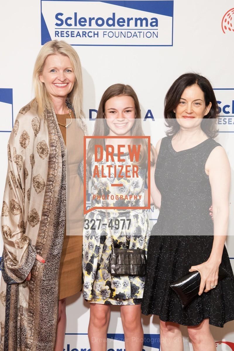 Ashley Dombkowski, Elena Evnin, Deann Wright, Photo #327-4977