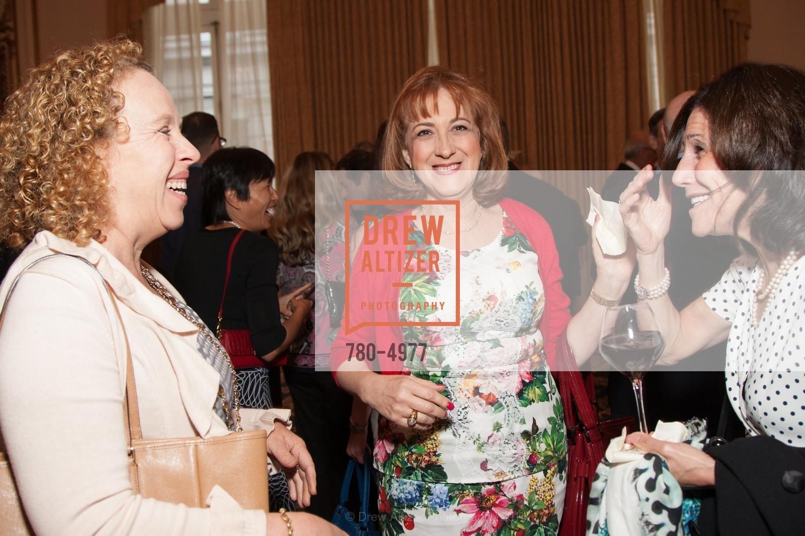 Ann Wolf, Karen Catou, Ann Tanner, Photo #780-4977