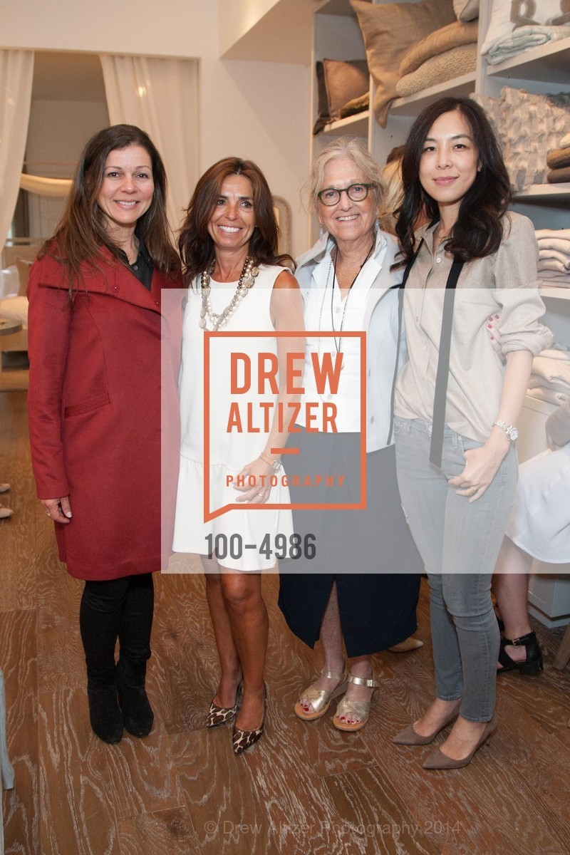 Martha Carvalho, Patricia Blanc, Susan Becher, Lan Jaenicke, Photo #100-4986