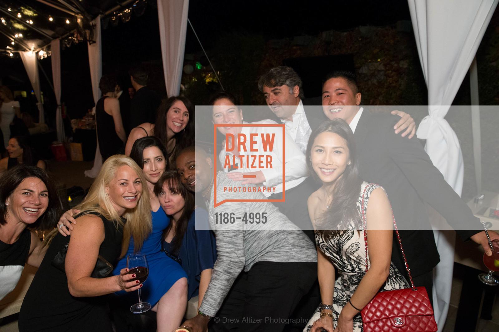 Erin Kahn, Sarah Clark, Marcus Osborn, Hooman Khalili, Bryn Nguyen, Photo #1186-4995