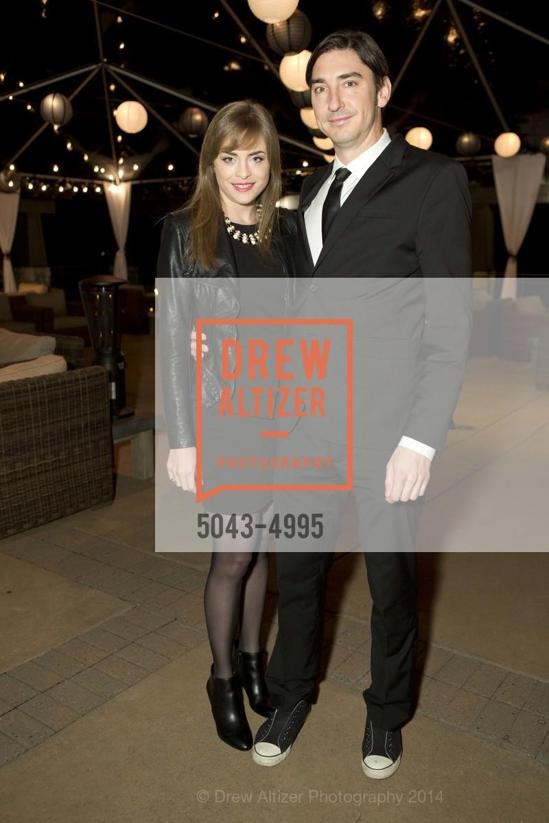 Isabelle, Doug Dalton, Photo #5043-4995
