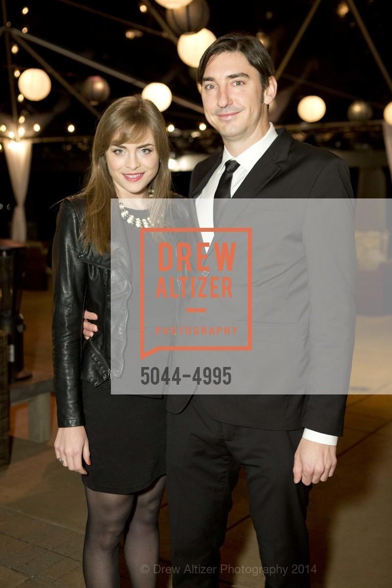 Isabelle, Doug Dalton, Photo #5044-4995