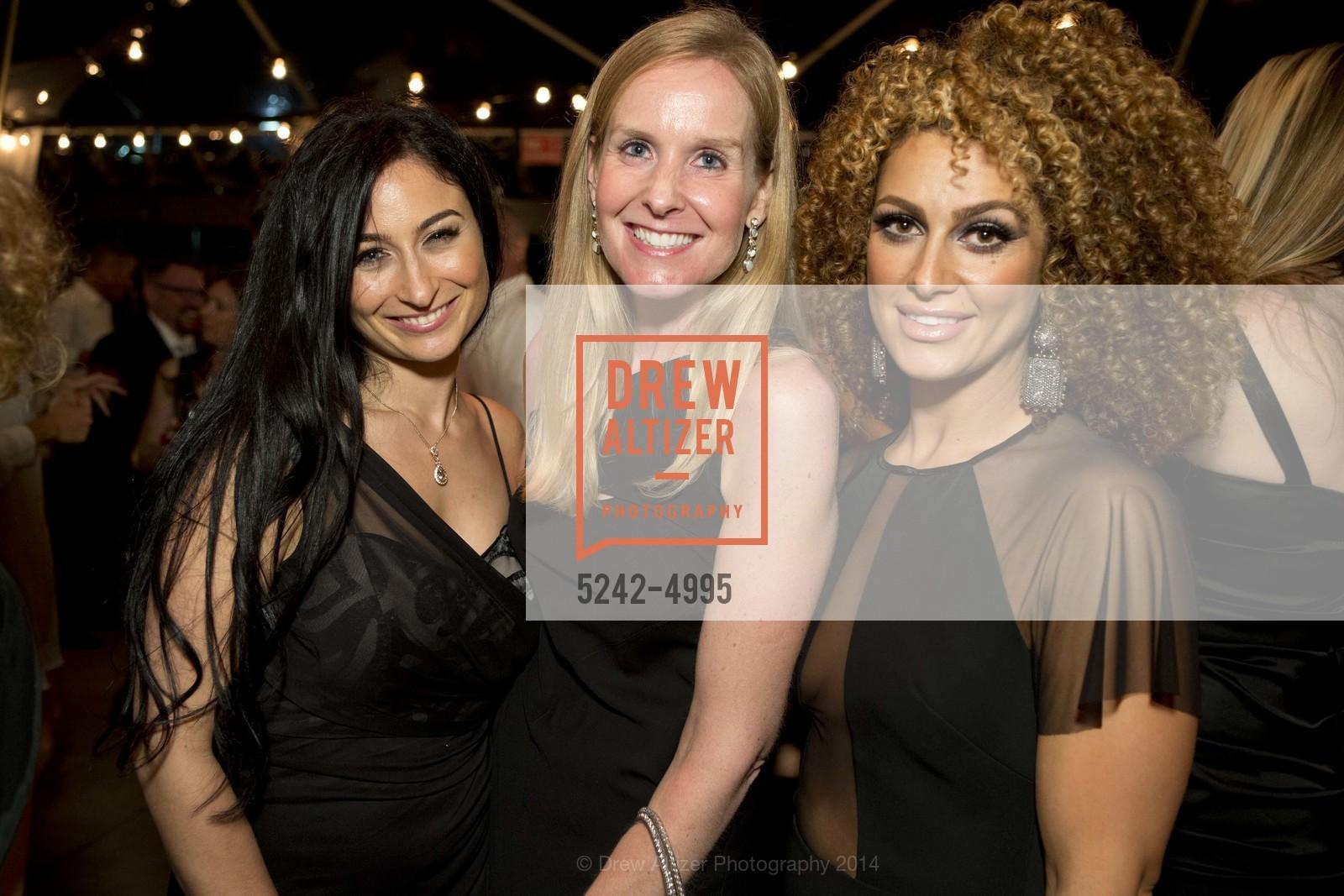 Leila Rose, Courtney McBain, Asal, Photo #5242-4995