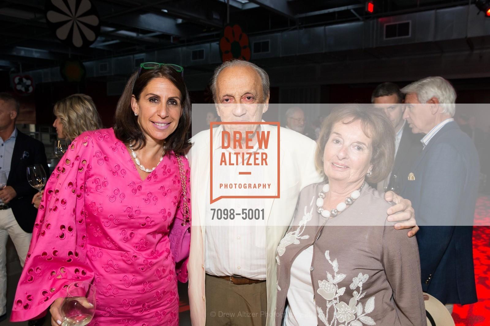 Lisa Grotts, Ron Wornick, Anita Wornick, Photo #7098-5001