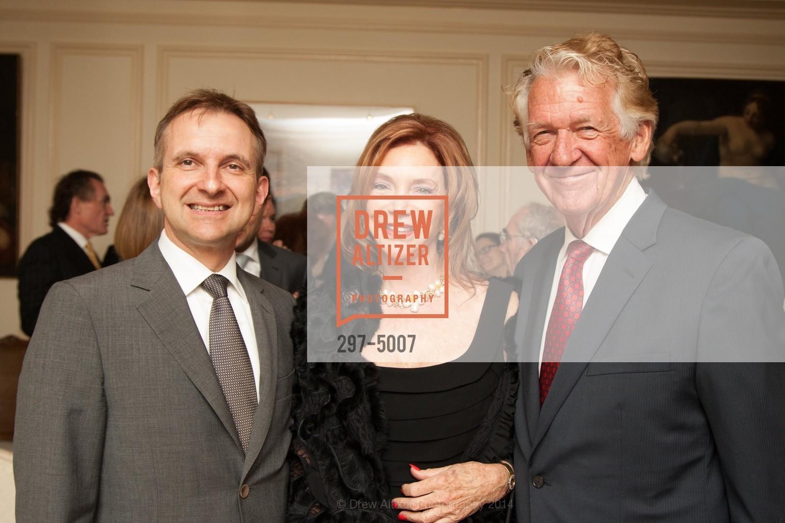 Mauro Battochi, Barbara Henry, Joe Murray, Photo #297-5007