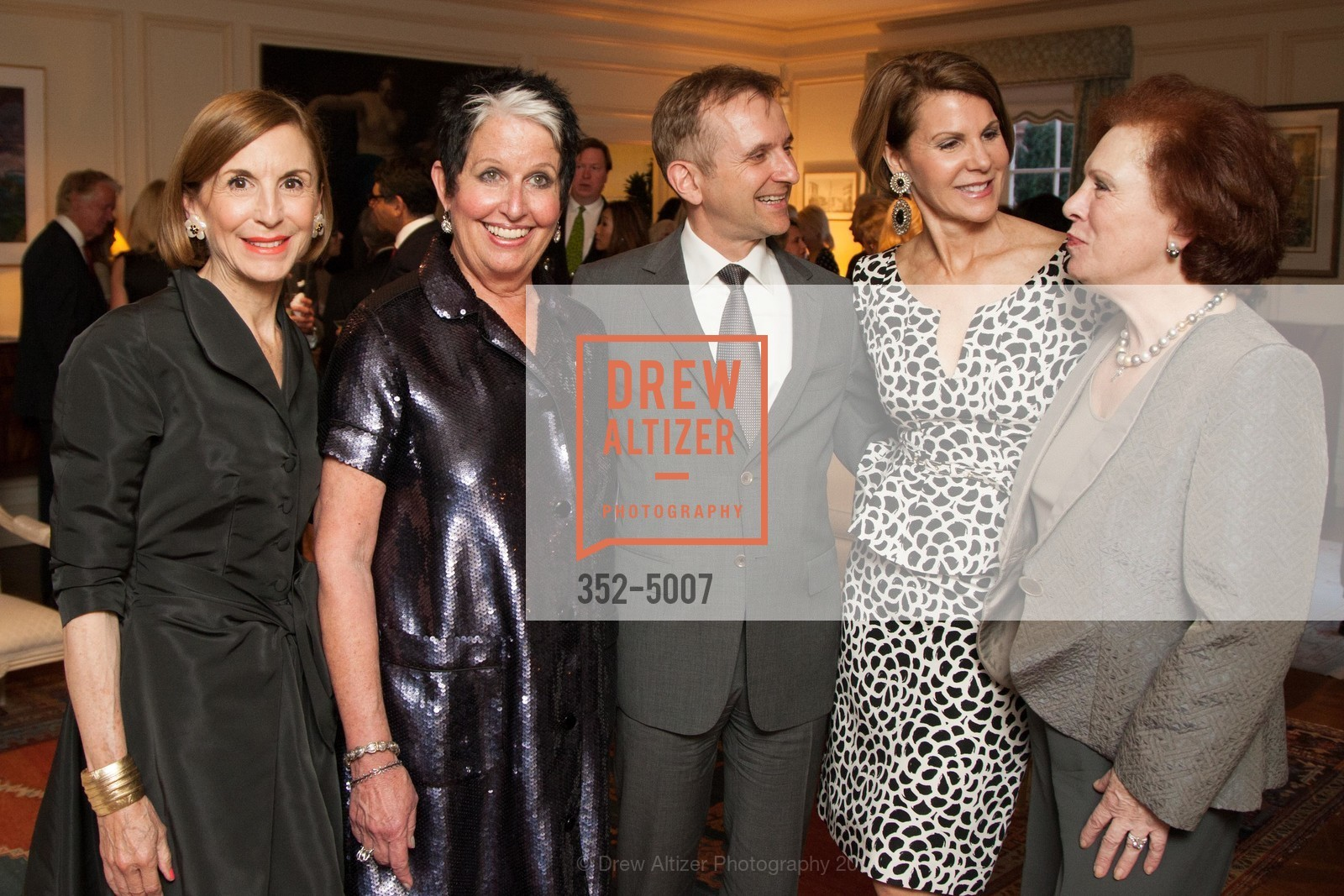 Marsha Monro, Karen Kubin, Mauro Battocchi, Katie Jarman, Romana Bracco, Photo #352-5007