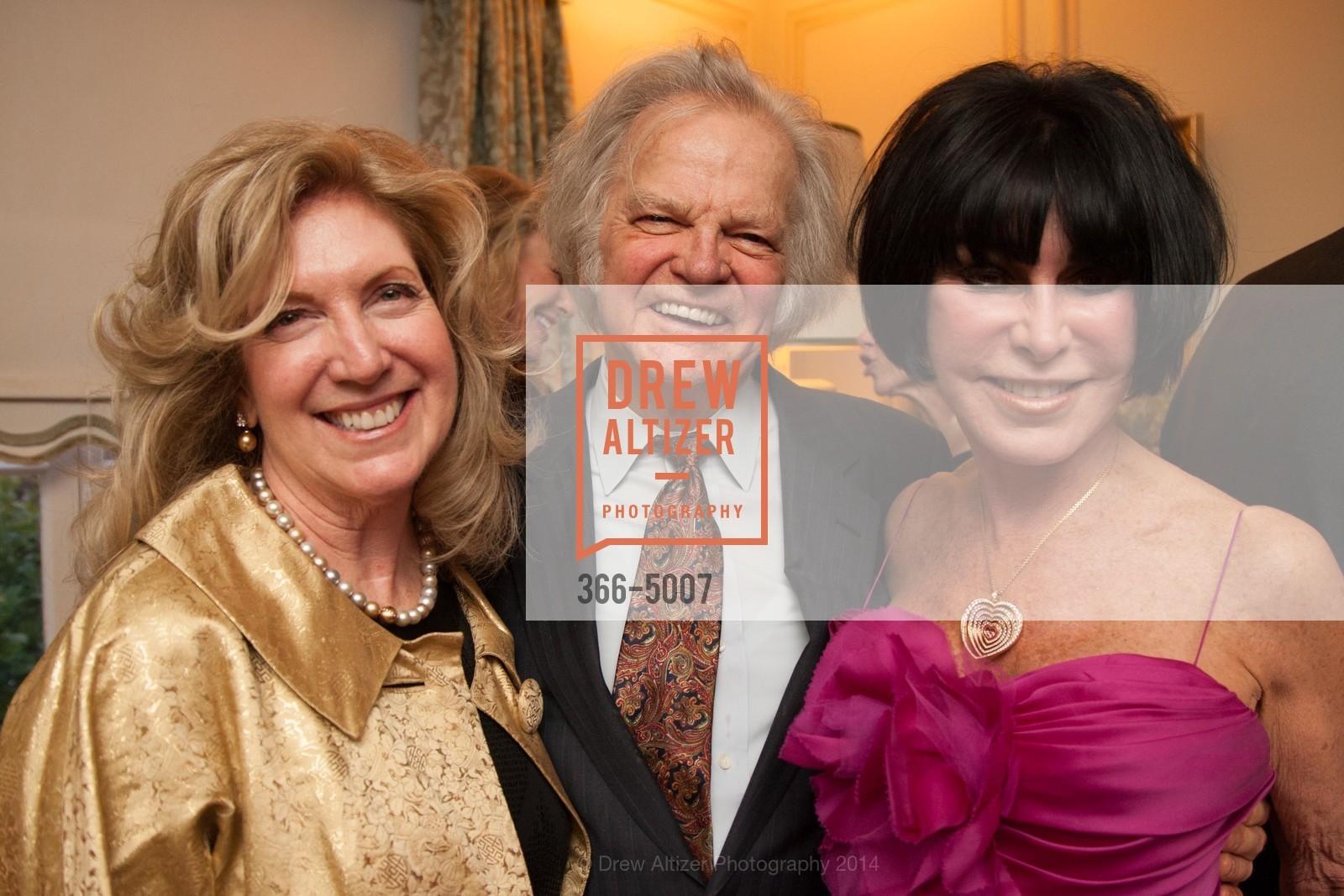 Celeste Woo, Michael Cabak, Marilyn Cabak, Photo #366-5007