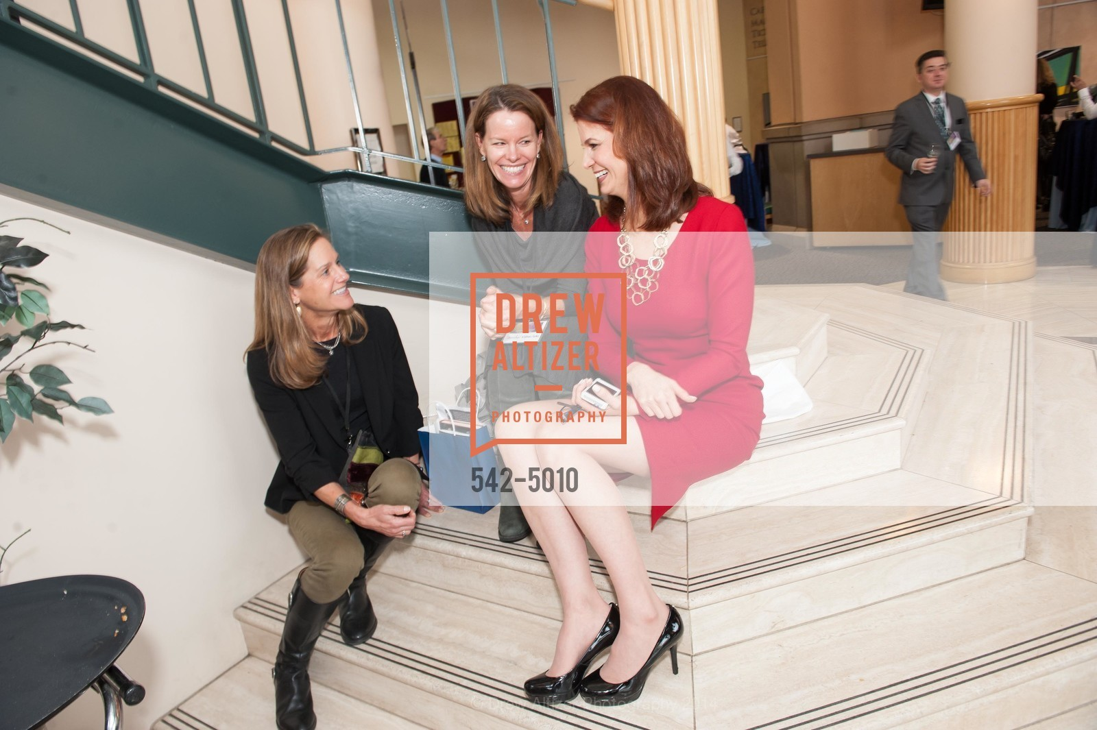 Dana Hayes, Jennifer Vettle, Jenny Dearborn, Photo #542-5010