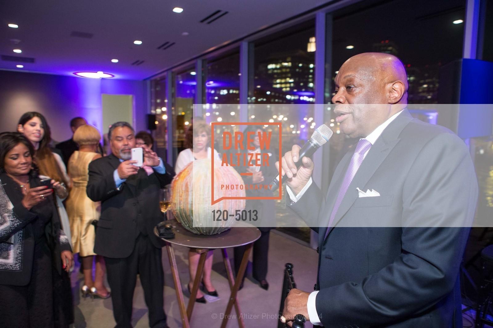 Willie Brown, Photo #120-5013