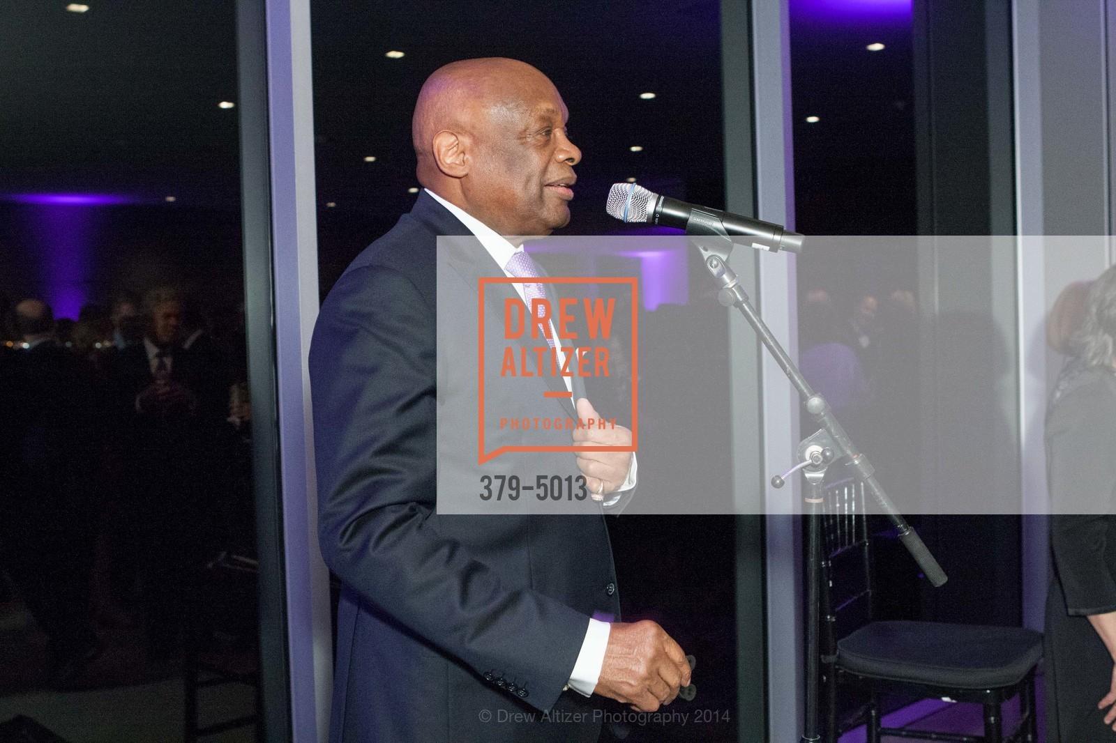 Willie Brown, Photo #379-5013