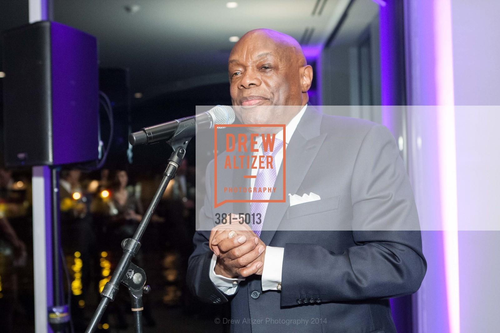 Willie Brown, Photo #381-5013