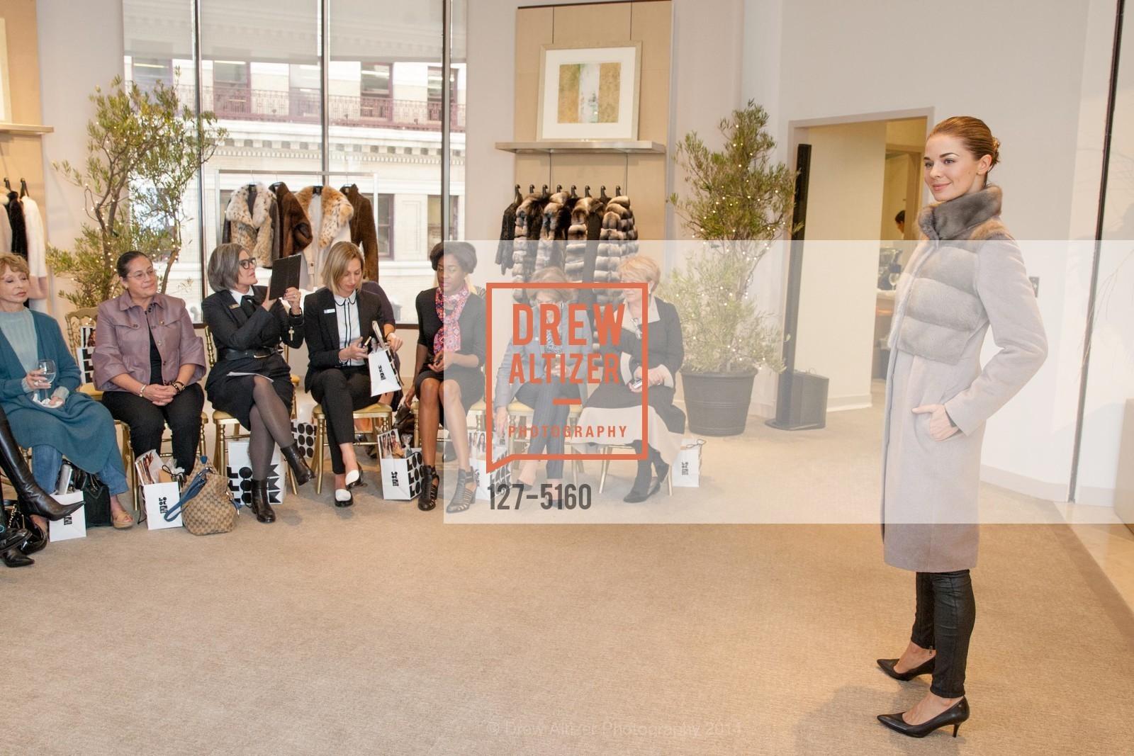 Fashion Show, Photo #127-5160
