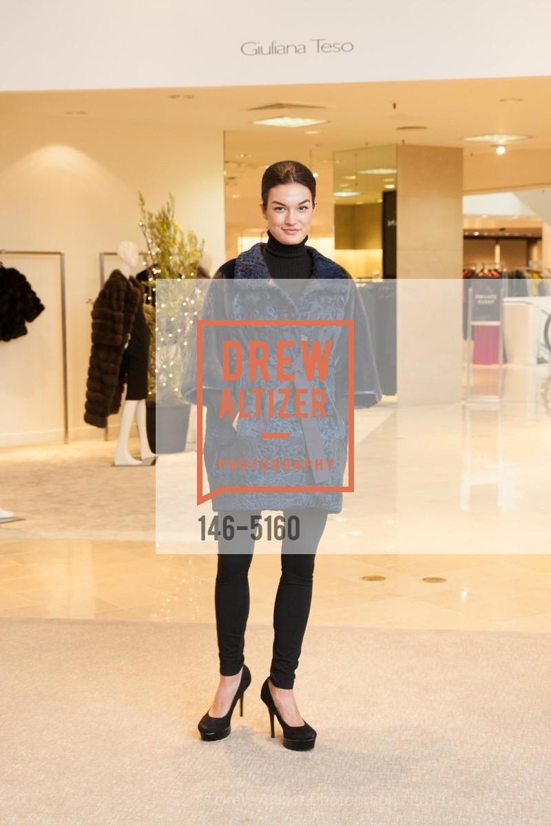 Fashion Show, Photo #146-5160