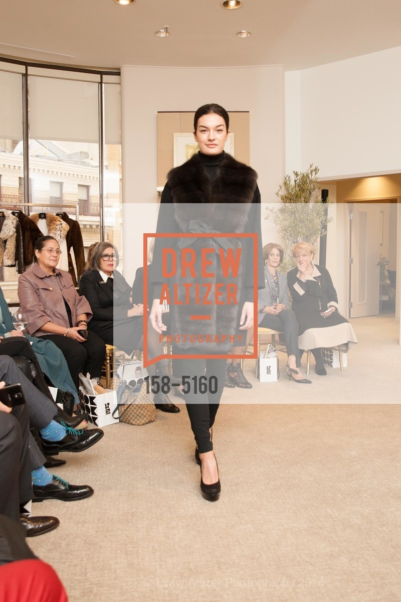 Fashion Show, Photo #158-5160