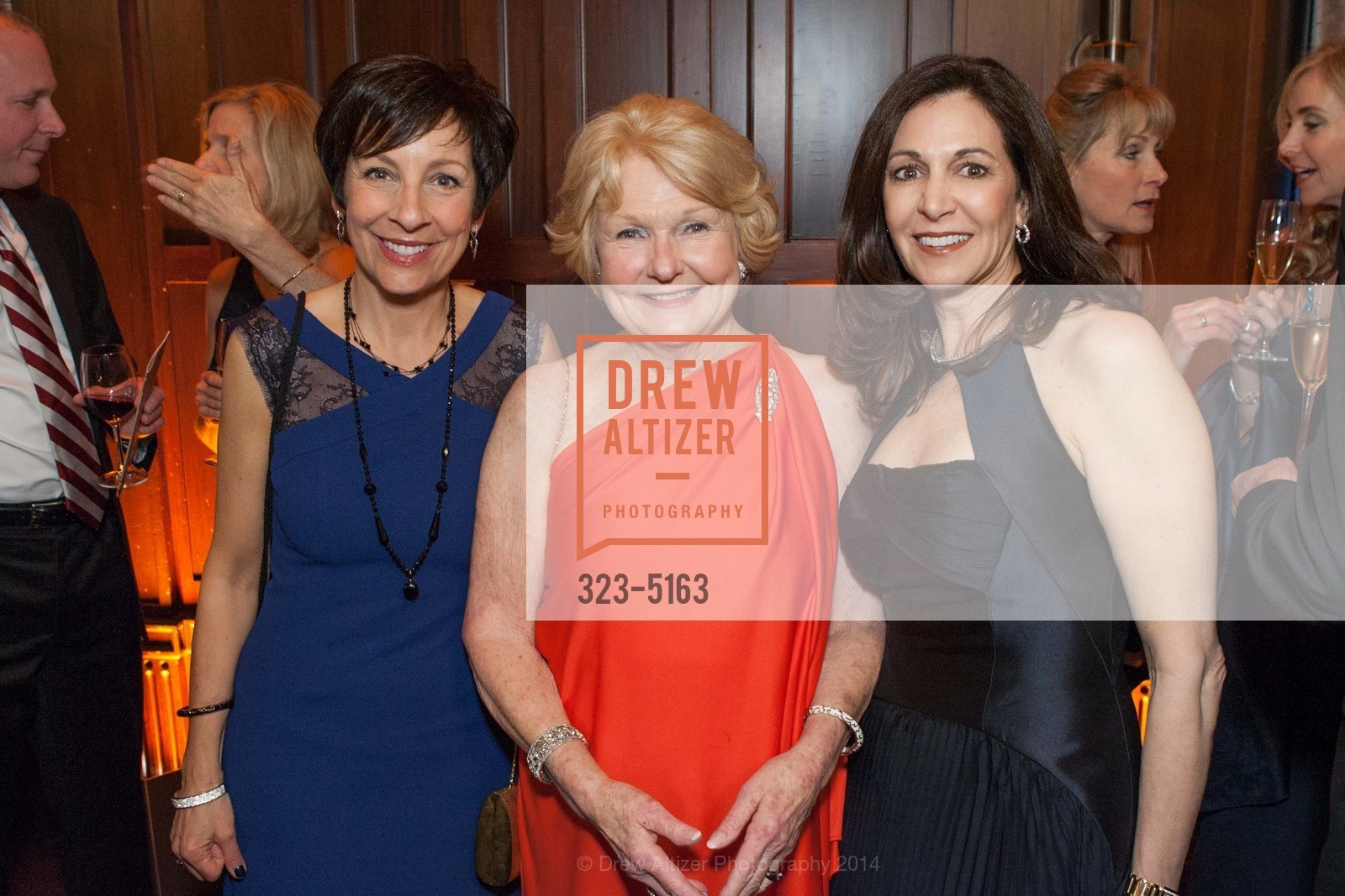 Patti Rueff, Ruth Wisnom, Joanne Goldstein, Photo #323-5163
