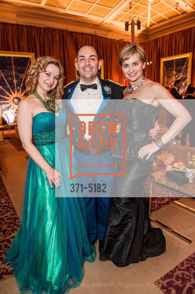 Anjelika Koulebakina, Gustavo Fernandez, Jane Burkhard, Photo #371-5182