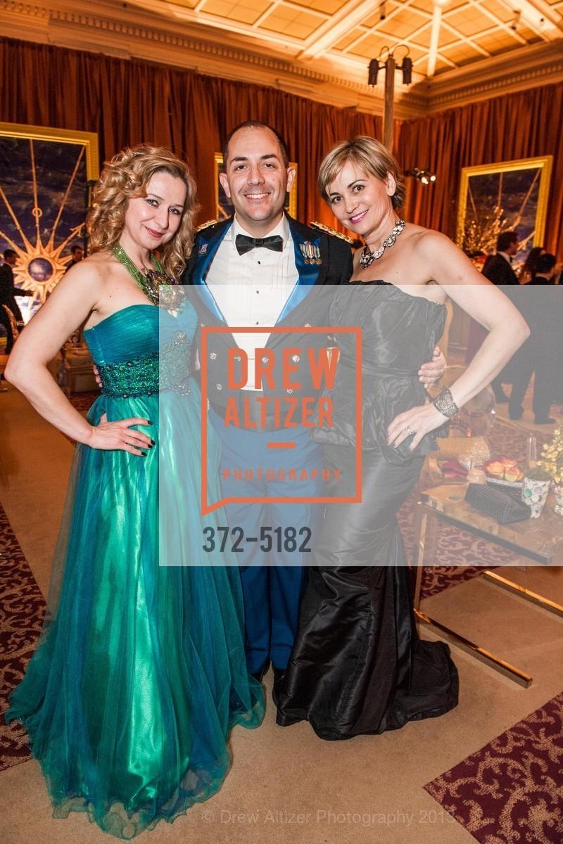 Anjelika Koulebakina, Gustavo Fernandez, Jane Burkhard, Photo #372-5182